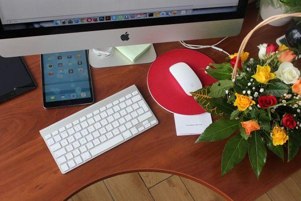 Consejos a seguir para regalar flores a un hombre